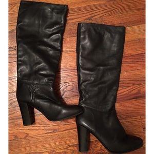 Women's Black Slouchy Steve Madden Boots, size 9